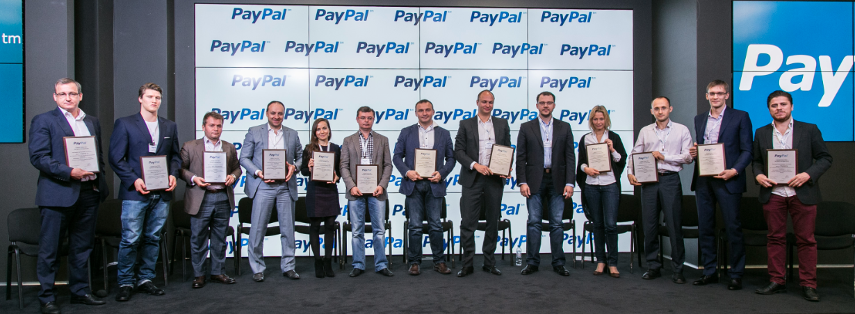 13 retailers with PayPal